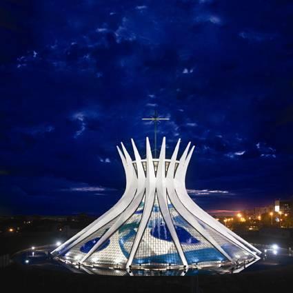 Vitrais-da-Catedral-de-Brasília -Foto-Breno-Laprovítera-e-Jarbas-Jr-3