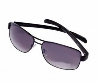 769974533b920 Óculos Remo Fenut - R  90