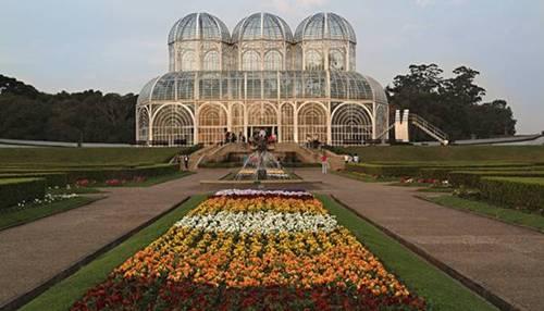galeria-curitiba-jardim-botanico-credito-thinkstock-450063907
