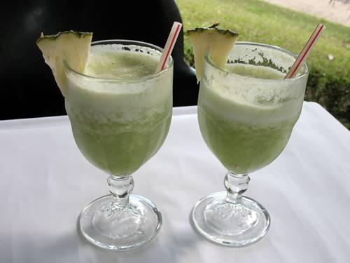 suco de abacaxi xenia antunes morguefile