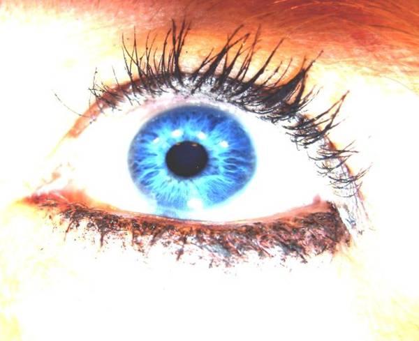 jdurham olhos maquiados