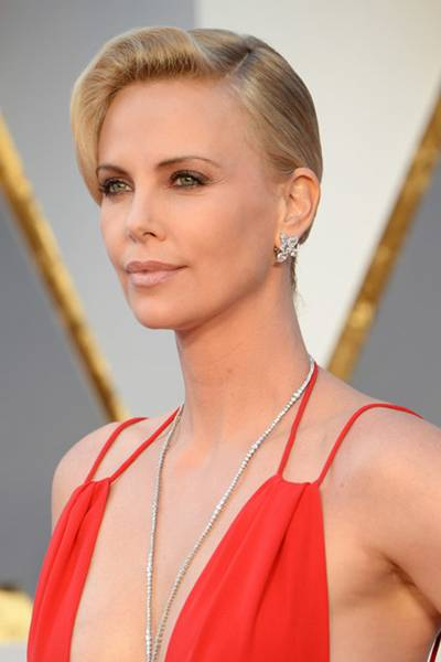 charlize_theron_oscars_best_beauty_720