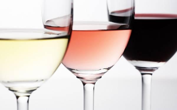 tac3a7as-vinho