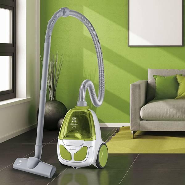 aspirador-po-saco-lite-electrolux-lit21-ambiente