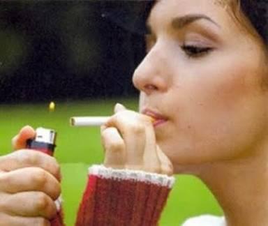 mulher cigarro