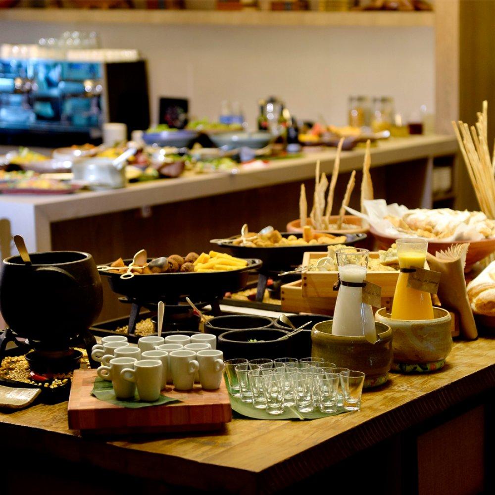 749_buffet-feijoada-no-restaurante-ccultura-caseira