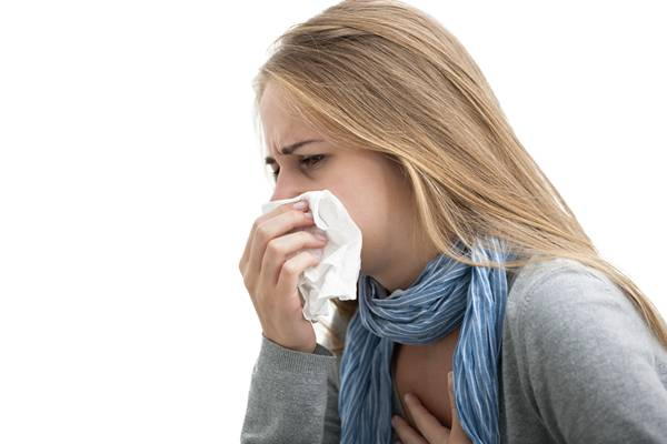mulher-tosse-doente