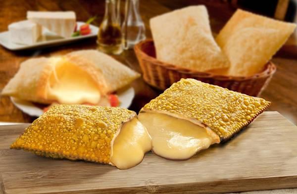 pastel-de-queijo