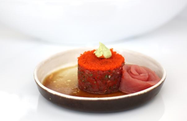 tartar-de-atum-com-creme-de-wassabi