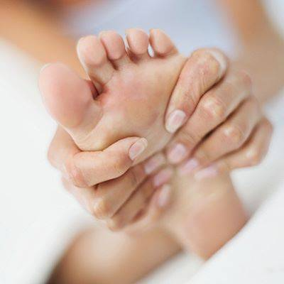 pes-massagem-everydayhealth