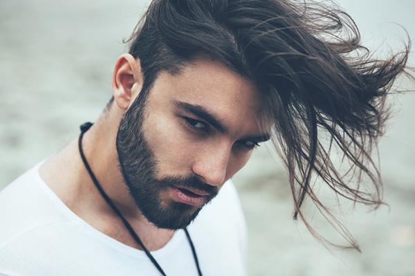 homem cabelo.png