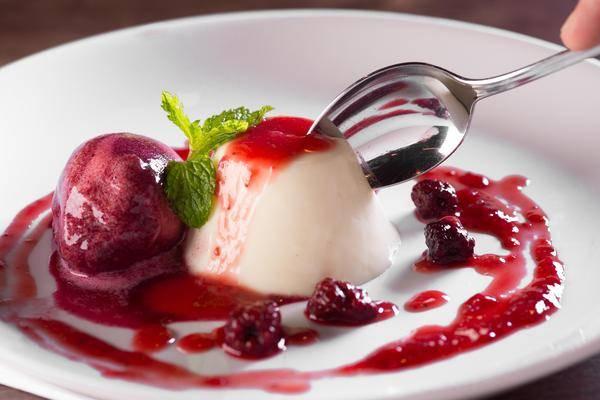 panna_cotta_allo_yogurt__2__web_