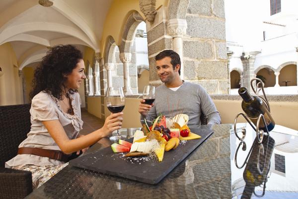 Prova de vinhos no Alentejo_Crédito - Divulgação Turismo do Alentejo