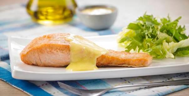 salmão com molho de manga.jpg