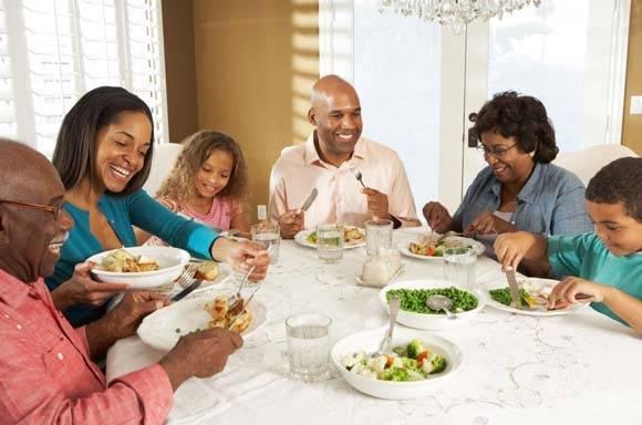 familia almoço