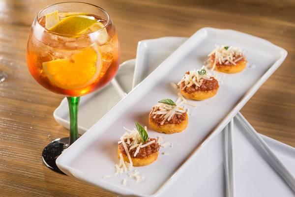 Polenta frita com ragu de bolonhesa Double Passion