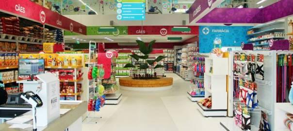 100% Pet inaugura sua primeira loja no Rio com feira de adoção 73837d36da