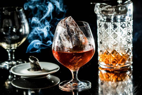 309883_696506_drink_liffey_seen_tivoli_hotels_foto_leo_feltran_015_web_