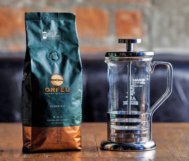 550-Cafe-Orfeu-Classico-e-Prensa-Hario-Bright-2-2 (3)