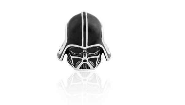 Life by Vivara - Pingente Darth Vader R$180,00