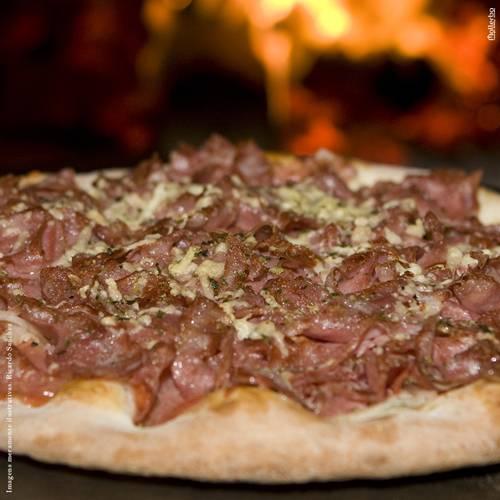 sacada_rodizio-pizza_mallerba_site-calabresa