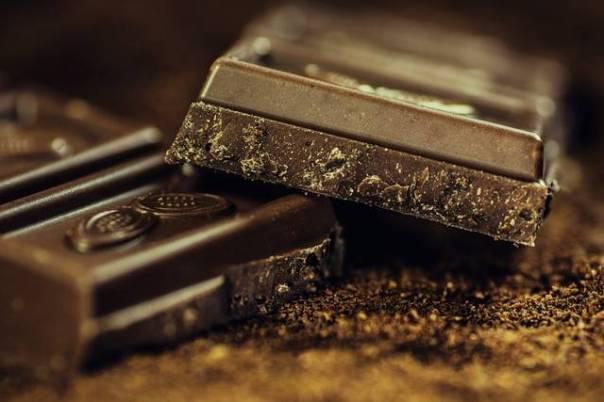 chocolate amargo pixabay