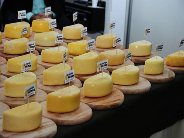 concurso-do-queijo-minas-artesanal-integra-o-festival-de-gastronomia-de-tiradentes