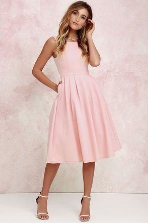 e2be1e9c3d9409d82e49dea49bf4252a--modest-graduation-dresses-graduation-dress-midi
