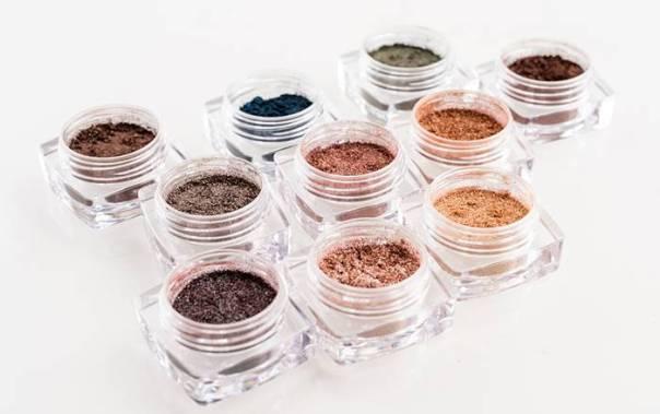 Sombra Pigmento Metallics COMPOSIÇÃO (96dpi)