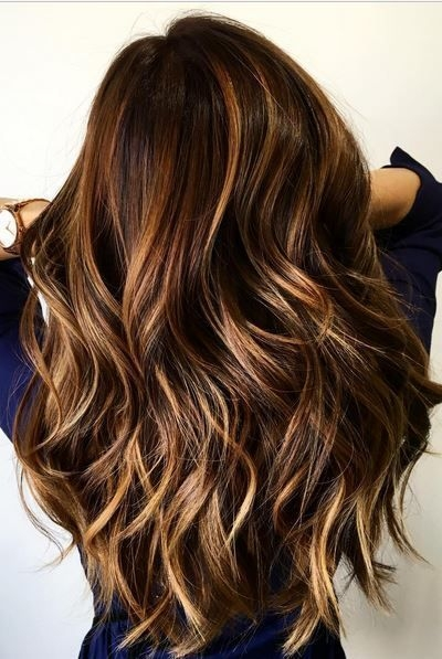 cabelos longos saudaveis