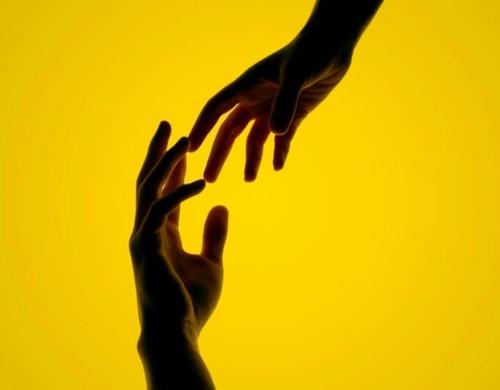 mãos ajuda setembro amarelo