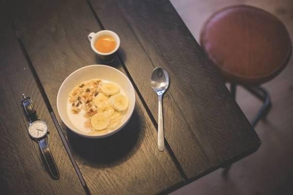 cafe da manhã relogio pixabay