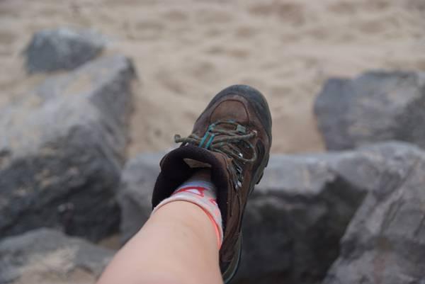 bota sapato praia ana m pixabay
