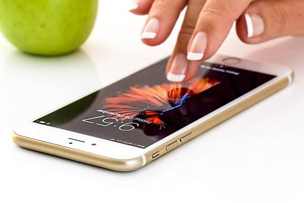 smartphone celular pixabay