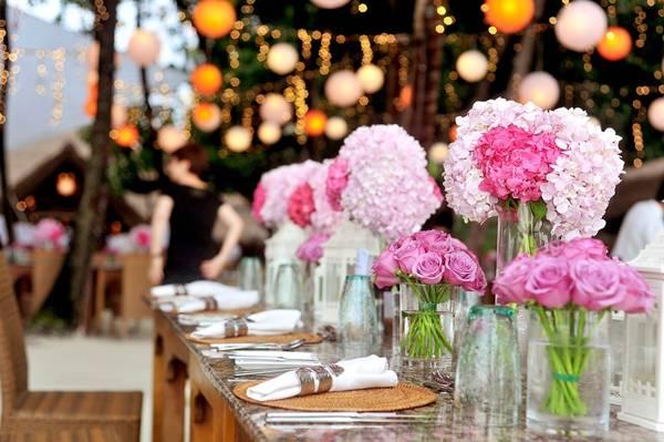 arranjos florais festas pixabay mesa