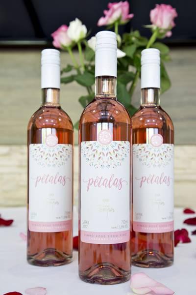 vinho petalas
