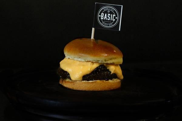basic burger 4