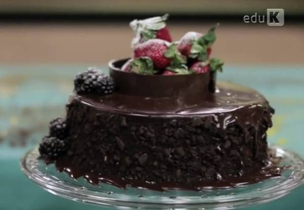bolos confeitados edu k