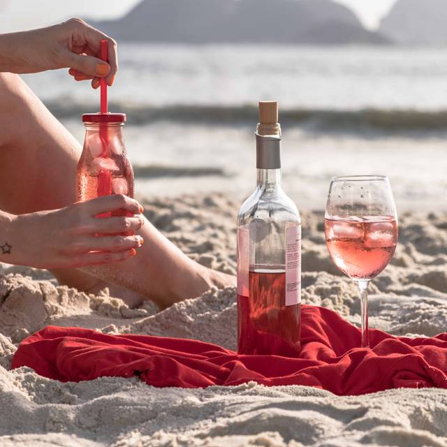 evino vinho rose gelado praia
