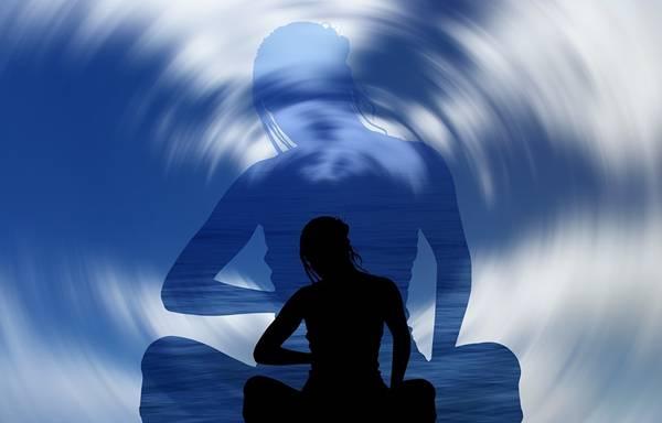 mulher meditação pixabay 33