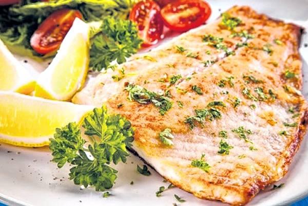 peixe com açafrao jacek chabraszewski