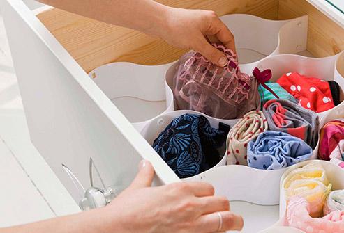 493ss_getty_rf_packing_underwear
