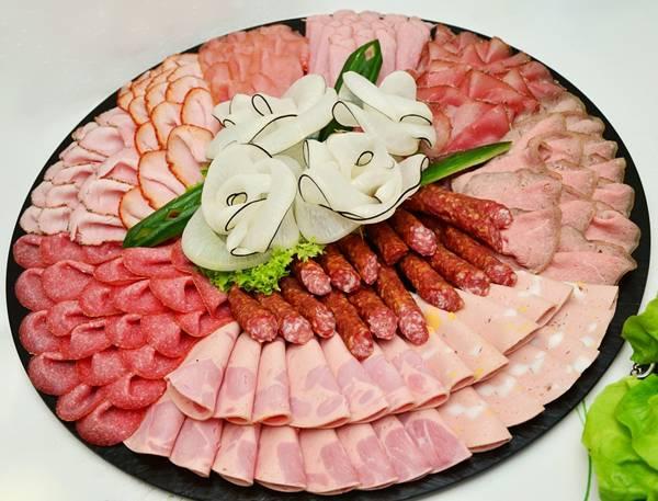 carne vermelha embutidos salame linguiça