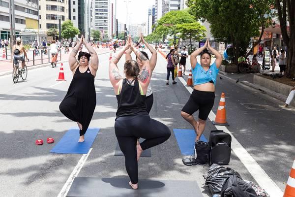 yoga_para_todos_na_paulista_aberta