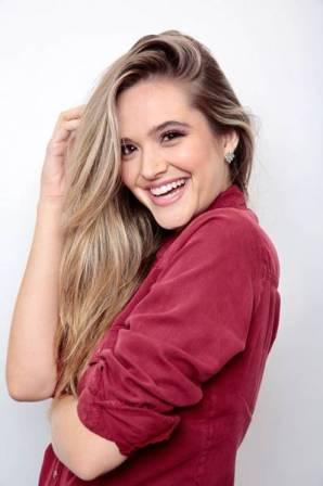 ANTES - Juliana Paiva - Creme Casting Gloss1a