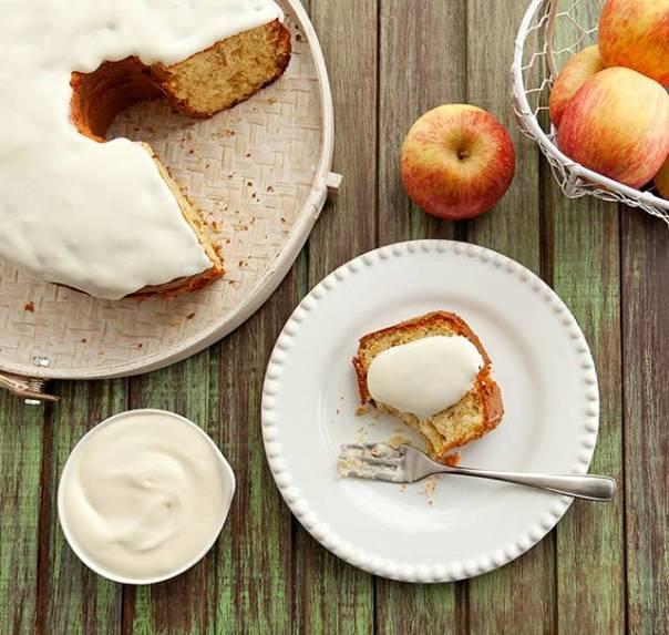 bolo de maçã com queijo