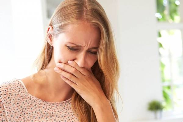 nausea enjoo azia mulher doente md-health