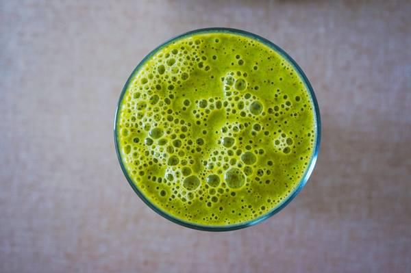 Suco verde banco de imagem