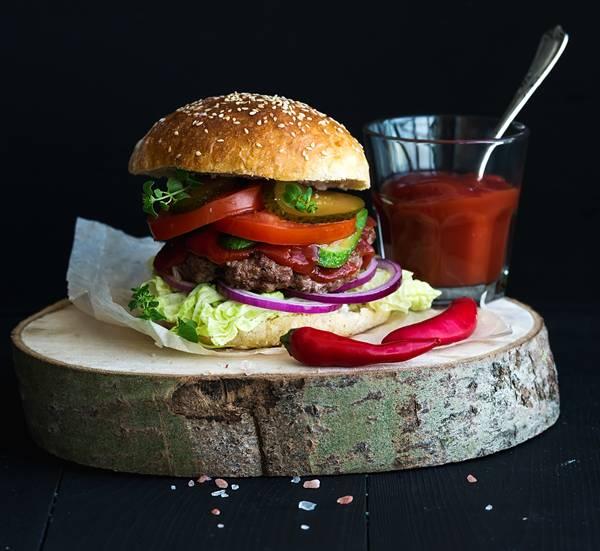 hamburguer com geleia de pimenta.jpg