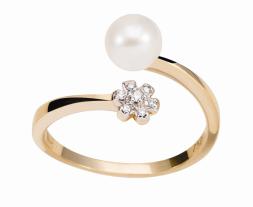 Coleção True - Anel em Ouro amarelo com Diamantes e Pérola